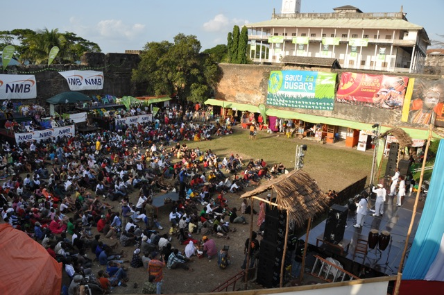 the crowd during the Sowers performance at Sauti za Busara